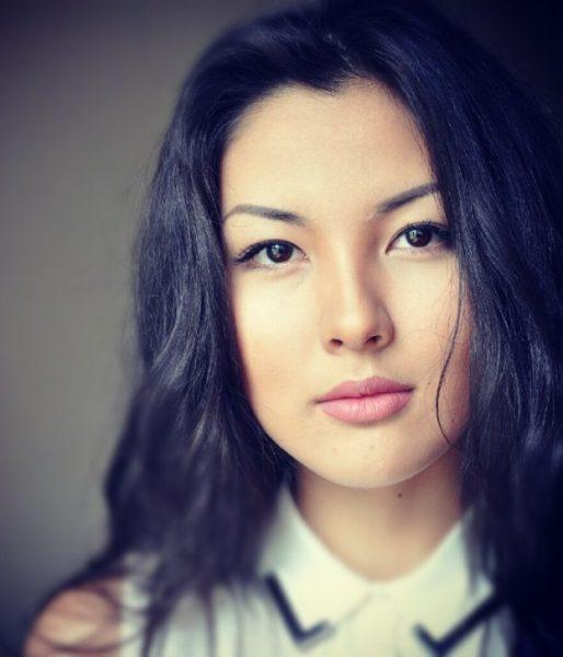 Казахстаны хамгийн үзэсгэлэнтэй 17 эмэгтэй