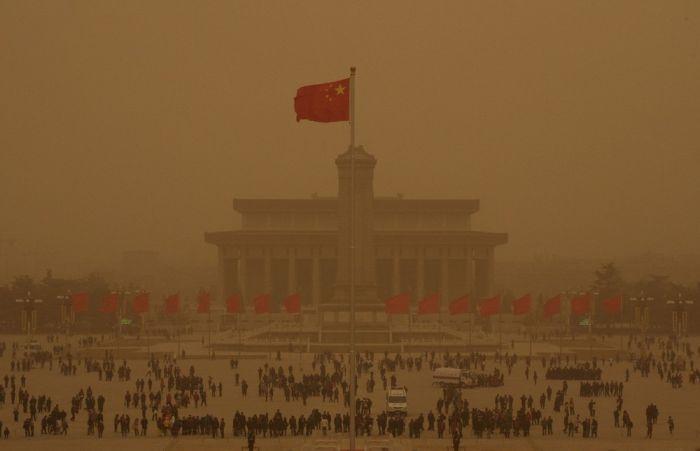 Хятад энэ сарын 4-нийг хүртэл хилээ хаалаа