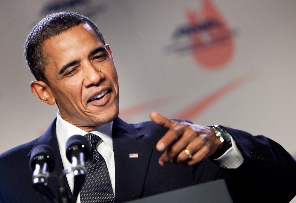 Обама Оросыг эбола вирустэй зүйрлэлээ