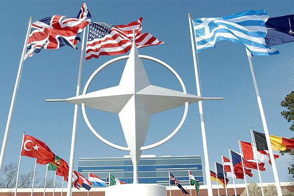 НАТО дэлхийн III дайныг өдөөх гээд байна уу?