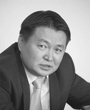 Монголын нэг хүн тутам 12 сая төгрөгний өртэй болчихоод байна