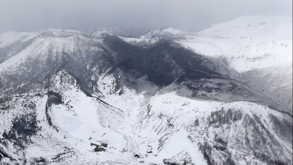 Японд галт уул дэлбэрсний улмаас 15 хүн гэмтлээ