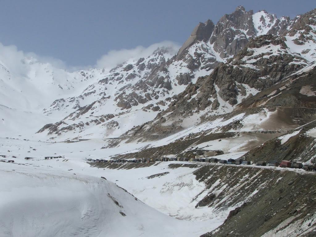 Афганистанд их цас орж, цочир хүйтрэн 37 хүн амиа алджээ
