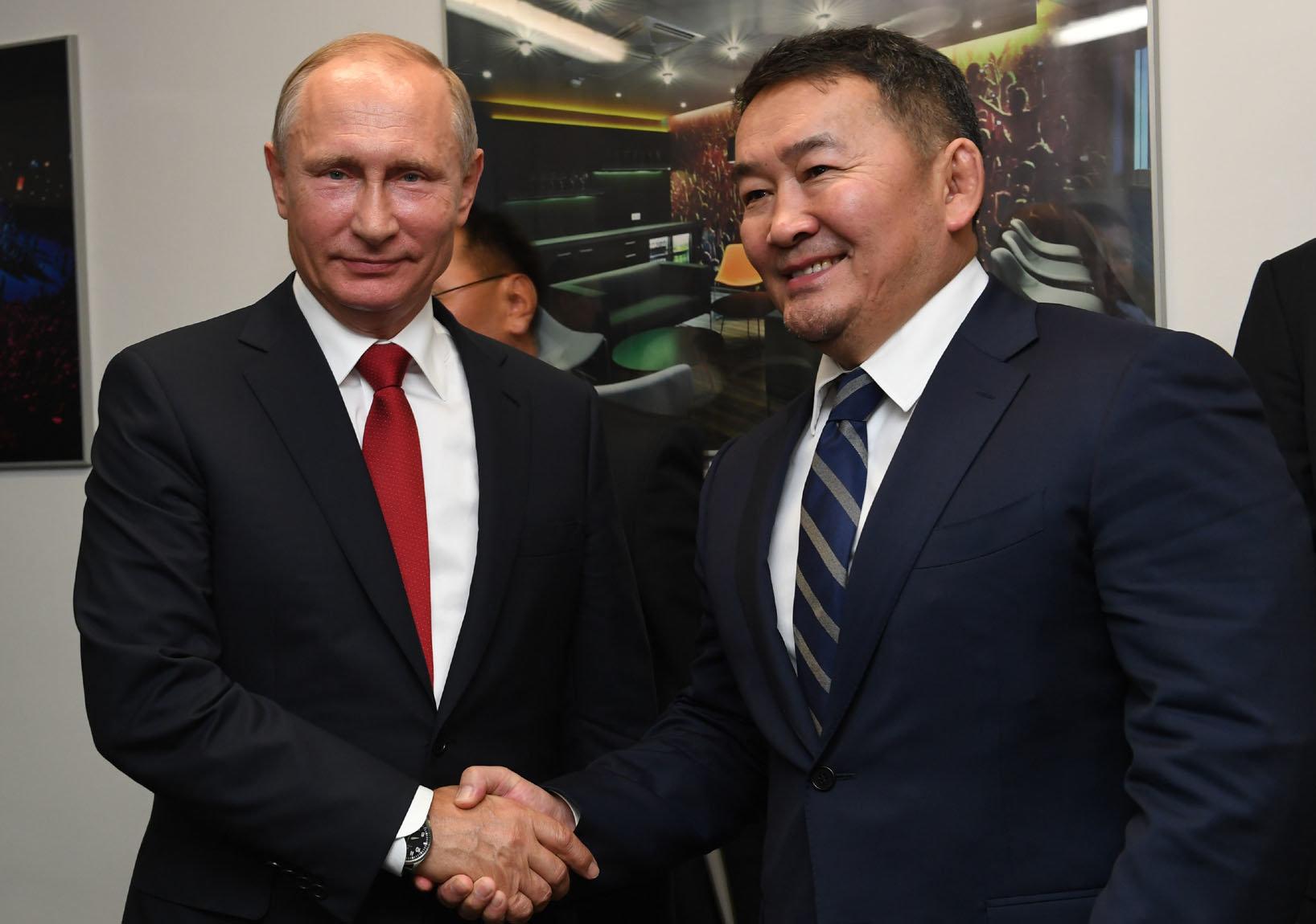 В.Путины заль, Х.Баттулгын мөрөөдөл