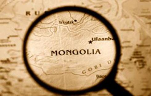 """Монгол Улсын эдийн засаг арав гаруй жилийн дараа """"мөхнө"""""""
