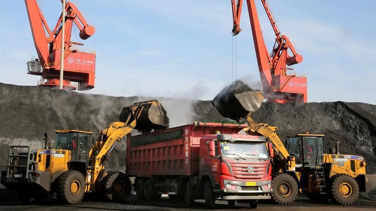 Хятад, Австралиас нүүрс импортолдог гол боомтоо хаалаа
