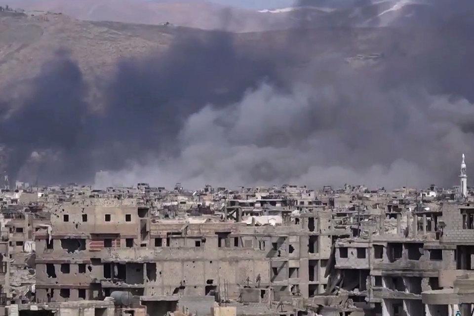 Сирийн засгийн газрын арми, сөрөг хүчний зэвсэгт бүлэглэлтэй ширүүн тулалджээ