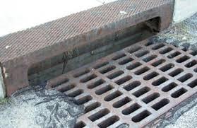 Орон сууцны хороолол дотор 5 байршилд ус зайлуулах шугам барьжээ