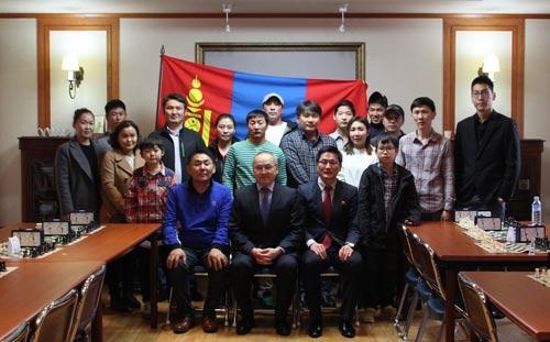 Солонгос дахь монголчууд шатрын тэмцээн зохион байгуулав