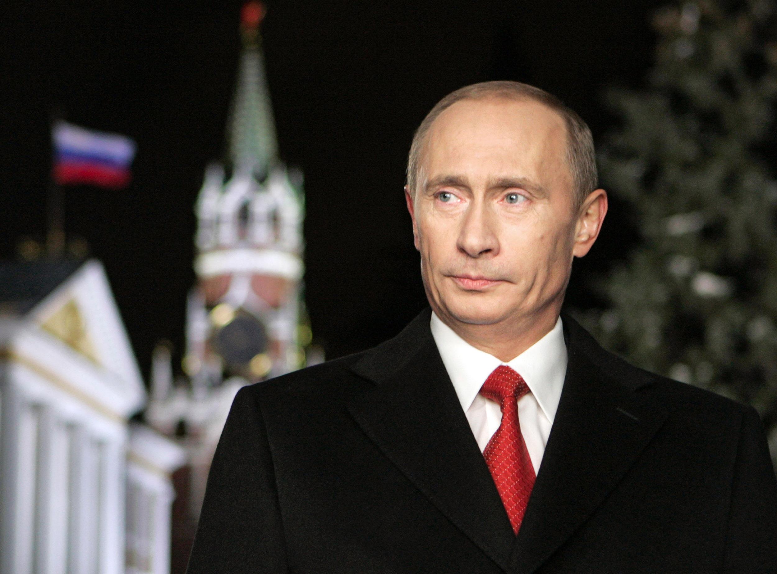 В.Путин 80 нас хүртлээ ОХУ-ыг удирдахаар боллоо