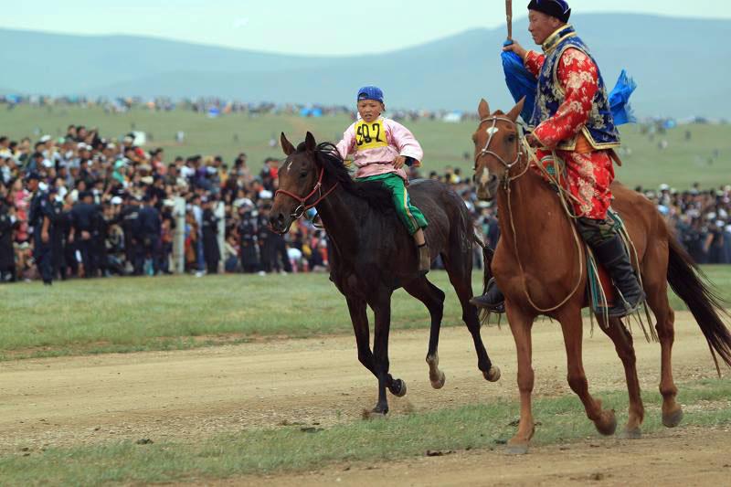 Төвийн бүсийн хурдыг цуцлуулах саналыг Засгийн газарт хүргүүлэхээр болжээ