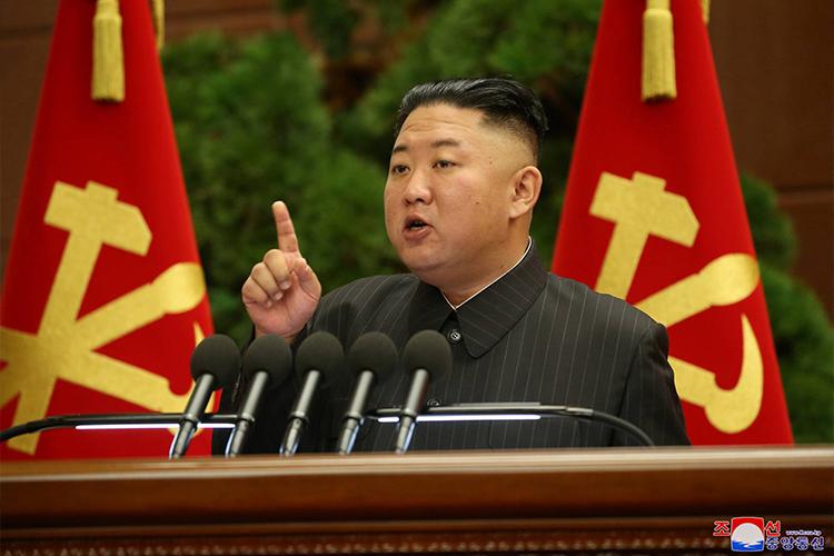 Хойд Солонгосын удирдагч аливаа өдөөн хатгалгыг тэсэн гарахад бэлтгэлтэй байхыг уриалжээ
