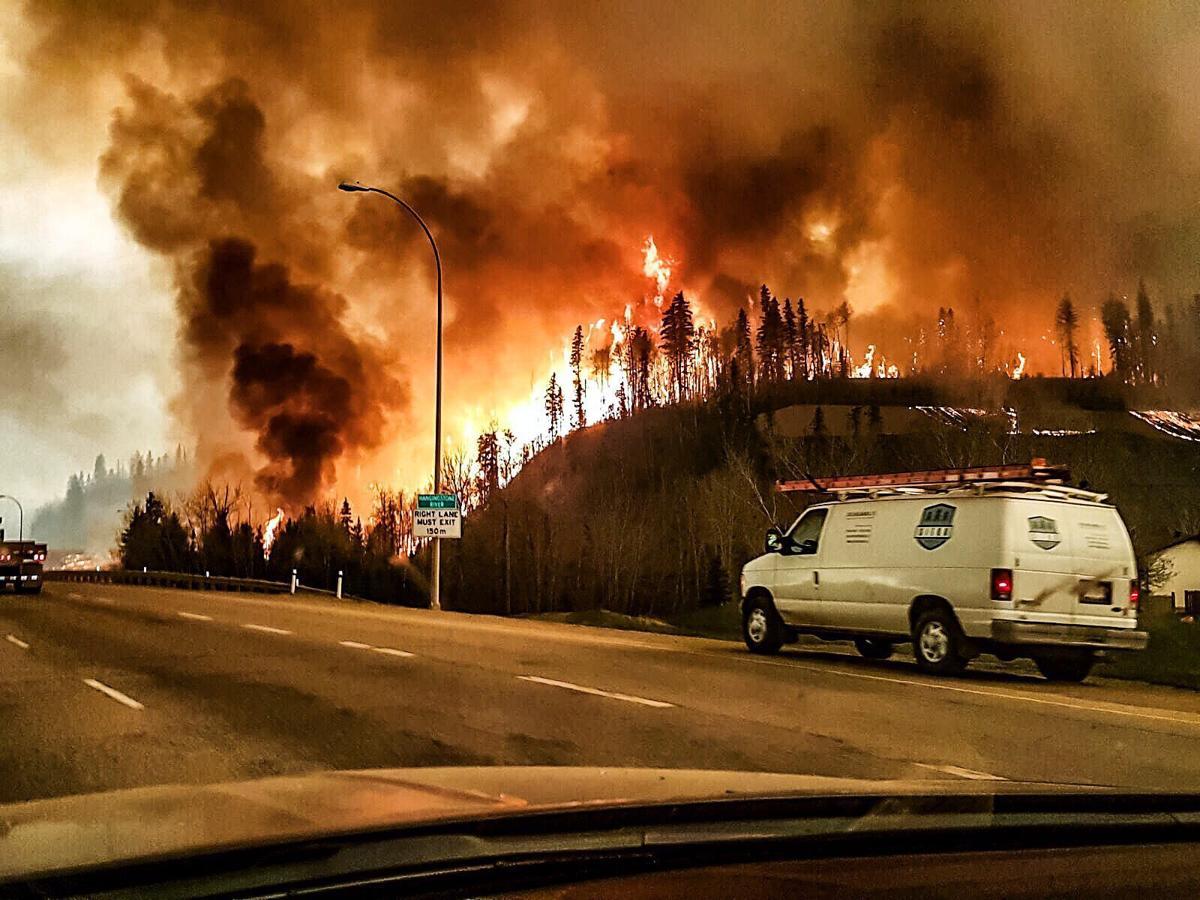 Барилга байшингуудын 20 гаруй хувь нь түймэрт сүйджээ