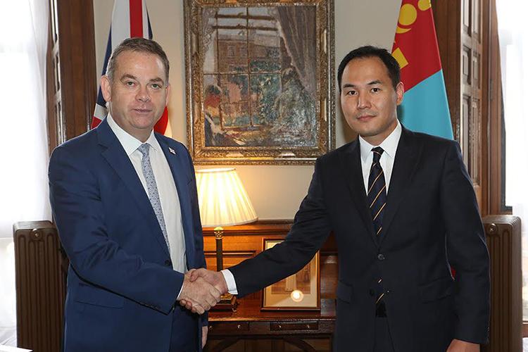 Монголд үйлдвэрлэсэн 7200 нэр төрлийн бүтээгдэхүүн Британийн зах зээлд нэвтрэх боломж бүрджээ