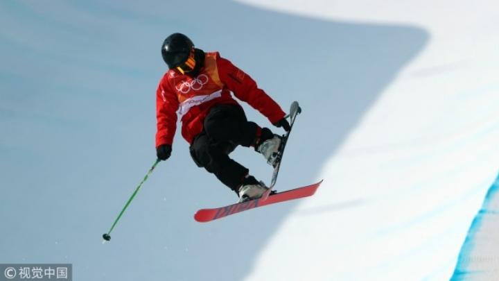 15 настай тамирчин Пёнчаны өвлийн олимпын чөлөөт цанын шувтаргын тэмцээнд орно