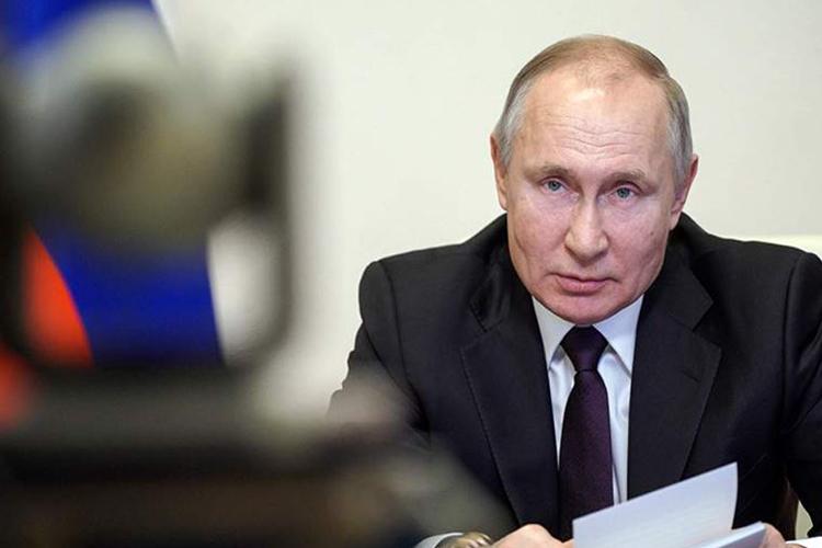 ОХУ-ын Ерөнхийлөгч В.Путин тусгаарлалтанд оржээ