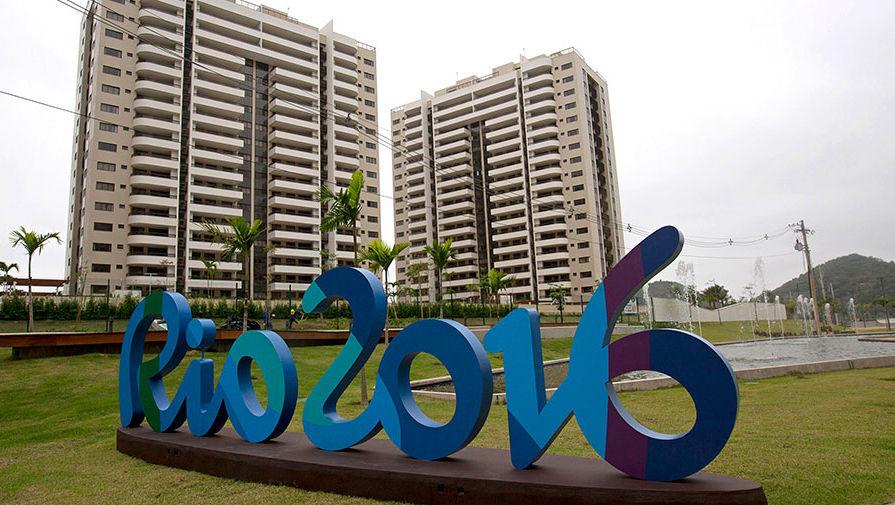 Олимпод оролцох тамирчид олимпын хотхонд буудлахаас татгалзаж, буудалд байрлаж байна