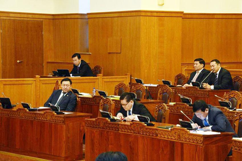 Ерөнхийлөгчийн хуулийг дэмжиж, ЖДҮ-г шалгах хорооноос татгалзав