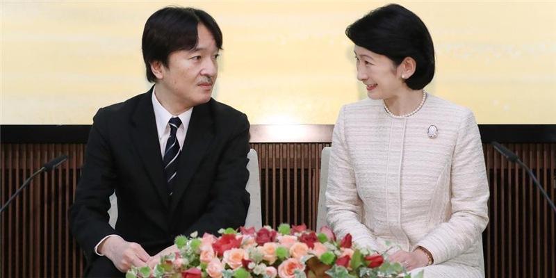 Японы эрх баригчид олон мянган гэм буруутай этгээдэд өршөөл үзүүлнэ