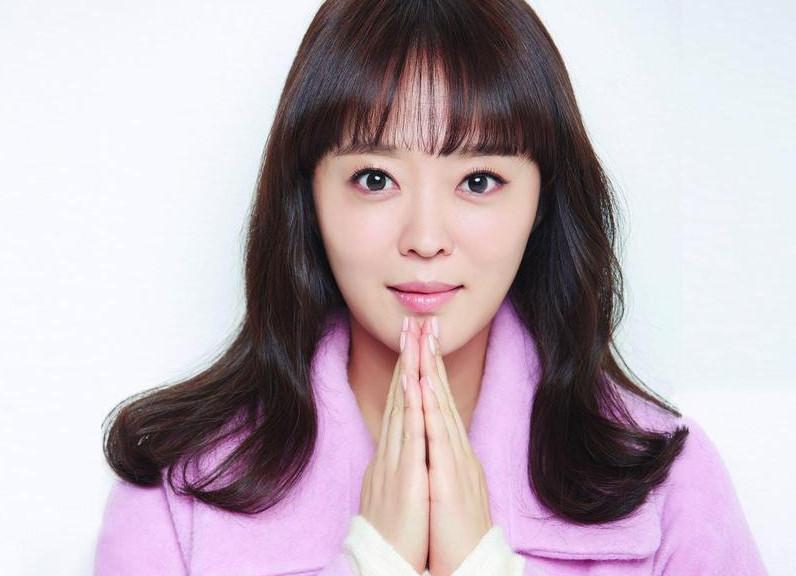 """Ан Ён Хун: Үзэгчдэд хамгийн их хүрсэн уран бүтээлүүдийн минь нэг """"Гурван найз"""""""