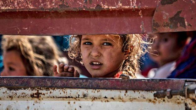 Сирид 100 мянга гаруй хүн орон гэрээ орхин дүрвэжээ
