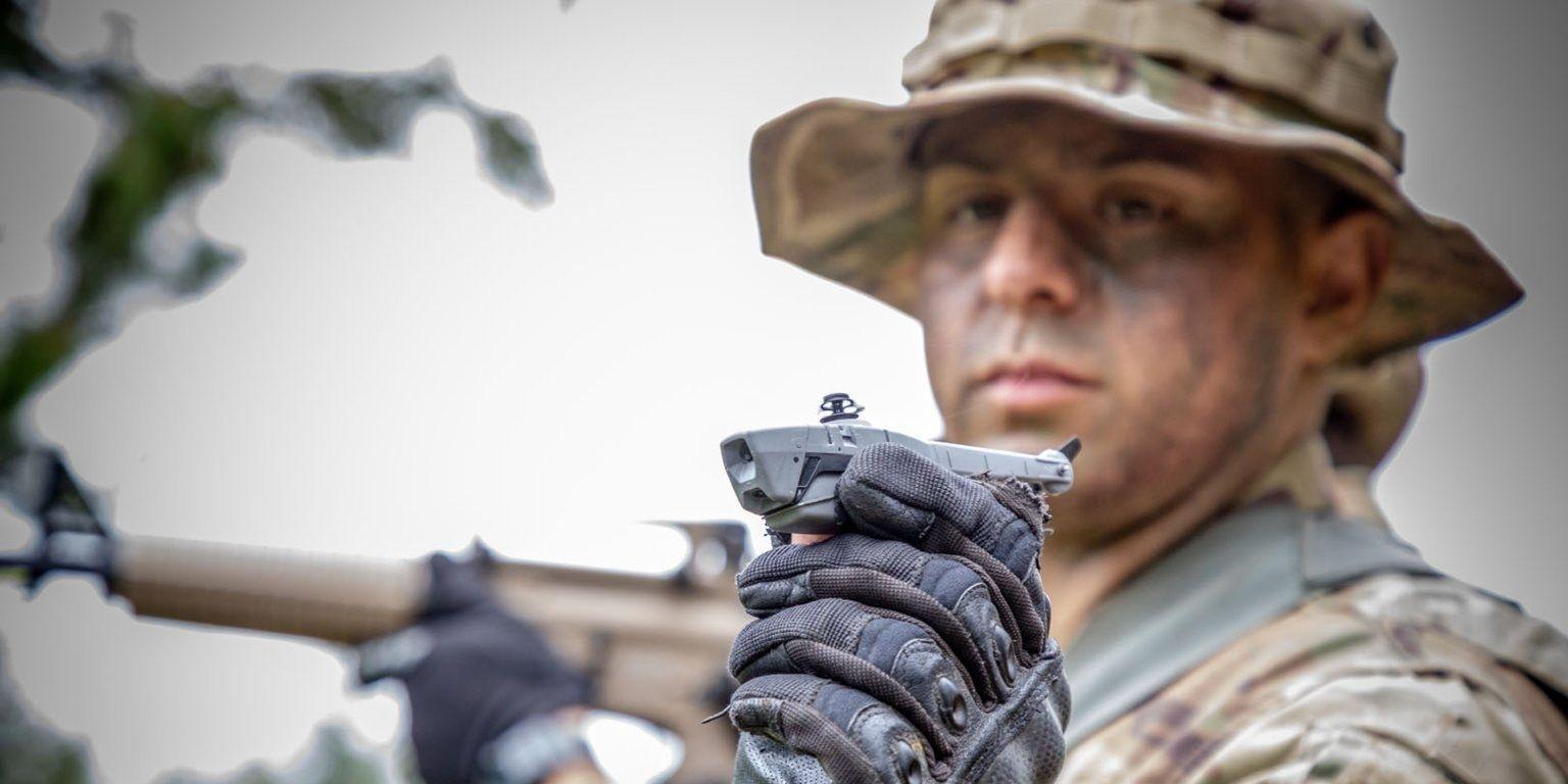 АНУ-ын цэргүүд халаасанд багтах тагнуулын дроноор зэвсэглэж эхэлжээ