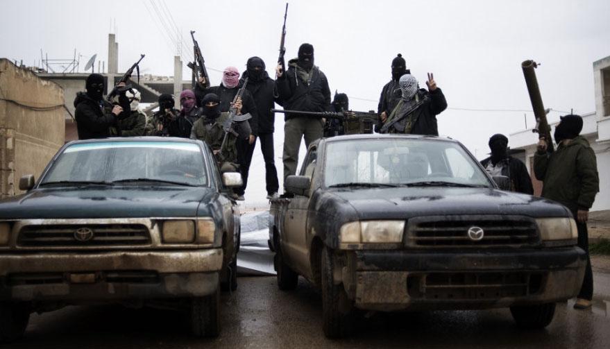 Сирийн засгийн газрын арми, засгийн газрын эсрэг зэвсэгт бүлэглэлтэй ширүүн тулалдав