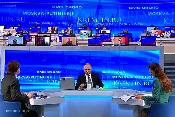 Путины шууд эфирийн үеэр амбан захирагч нар замаа засахаа амлаж, уучлал гуйж байв