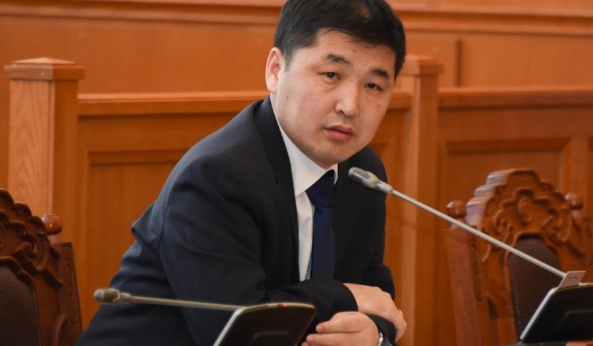 О.Баасанхүү: Монголын төрд  Ц.Нямдорж нарын өвөө нар гай болж байна