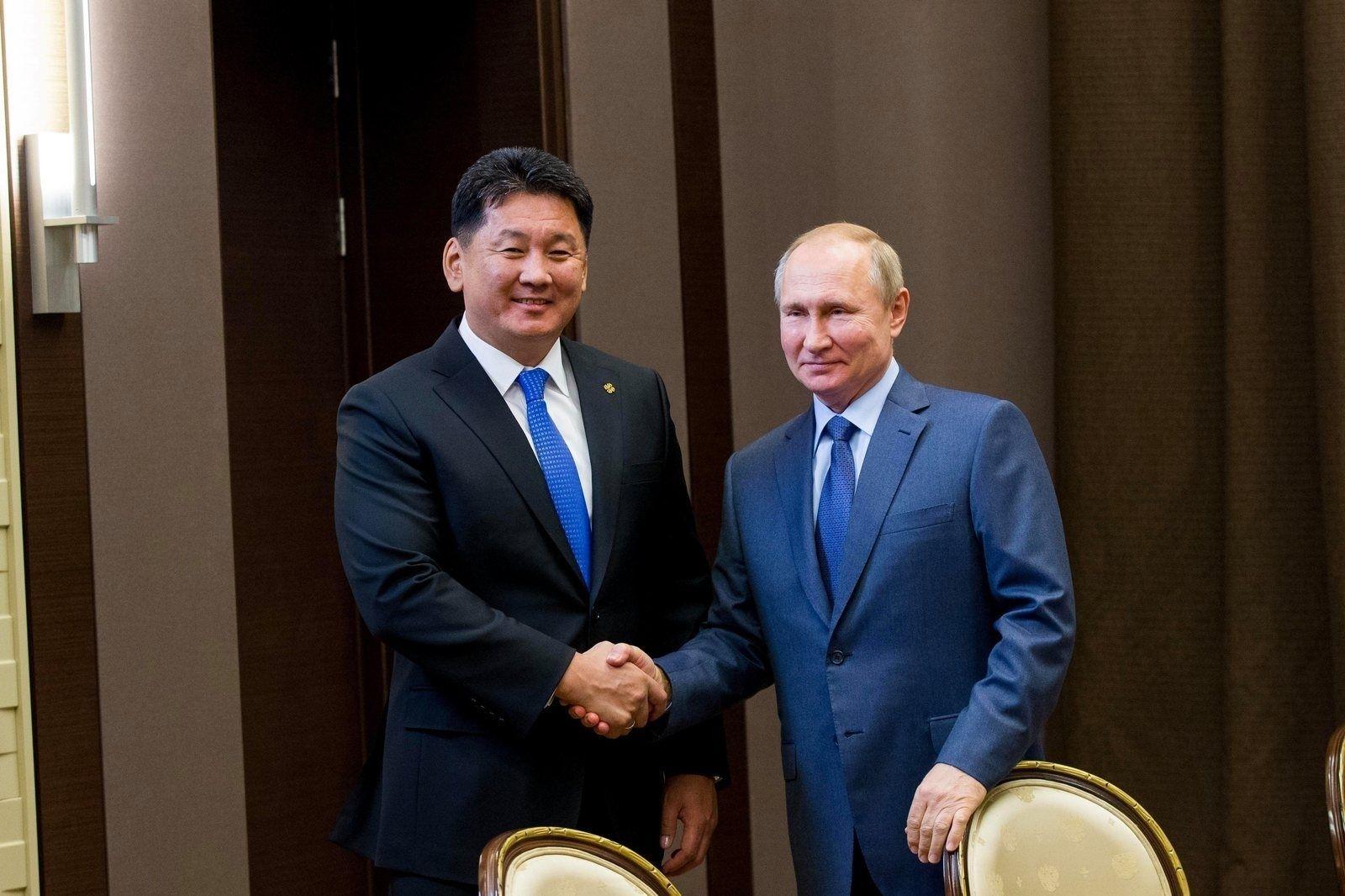 """В.Путин ОХУ-Монгол-Хятадыг холбох """"Сила Сибири-2"""" хийн хоолойн төслийг эхлүүлэхийг үүрэг болгожээ"""