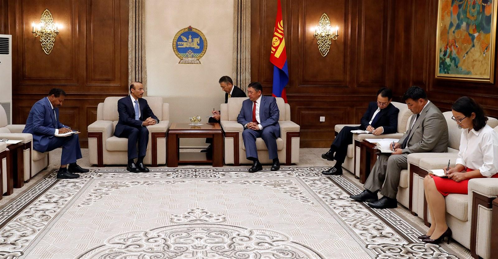 М.Энхболд: Монгол Улс зуучийн үүрэг гүйцэтгэхэд бэлэн байна