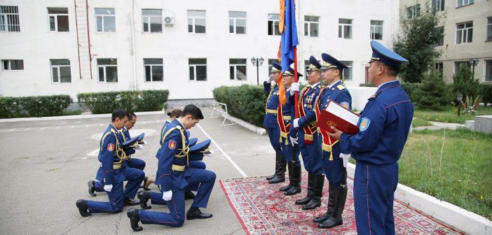 Алба хаагчид цэргийн тангараг өргөв
