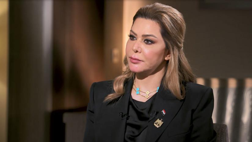Саддам Хусейний охин аавыгаа дурслаа