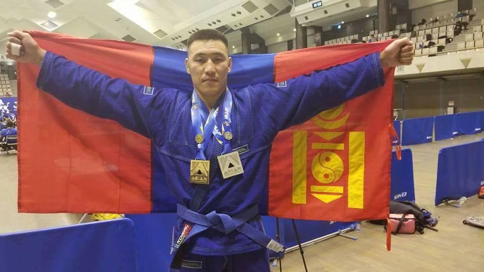 Т.Отгонзаяа Жюү-жицүгийн ААШТ-ээс хос медаль хүртлээ