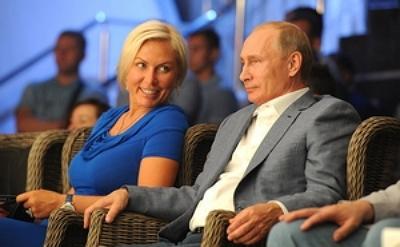 Путин шинэ амрагаараа боксчин бүсгүйг сонгожээ