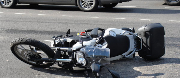 Амралтын өдрүүдэд мотоциклийн ослоор хоёр хүн амиа алджээ