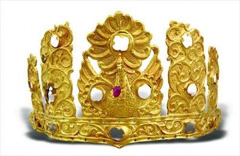 Билэг хааны алтан титэм