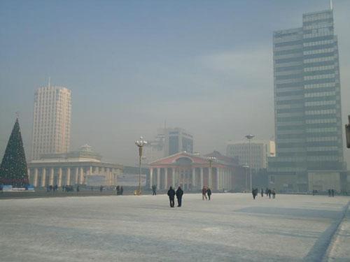 Улаанбаатарт өдөртөө 13 хэм хүйтэн