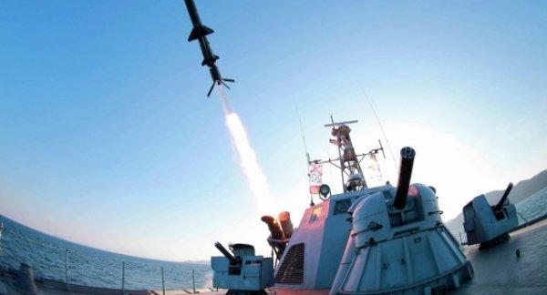 Умард Солонгос хөлөг онгоцуудаа автомат буугаар тоноглож эхэлсэн гэв