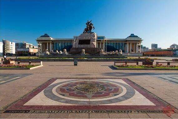 Монгол Улс хэдэн тэрбумын өрнөөсөө болж Вашингтоныг сонсох уу?