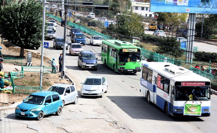 Халтуурчдад орон зайгаа алдсан такси үйлчилгээг хэзээ сэргээх вэ