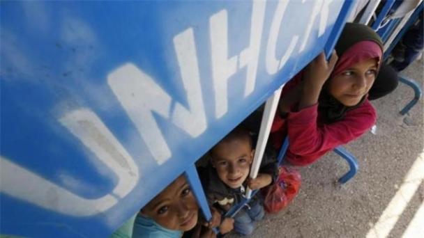 НҮБ: Сирийн хүн амын талаас илүү хувь нь дүрвээд байна