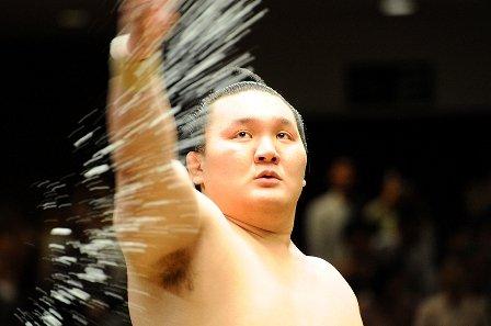 Хакухо түүхэн амжилтын эзэн болж чадлаа
