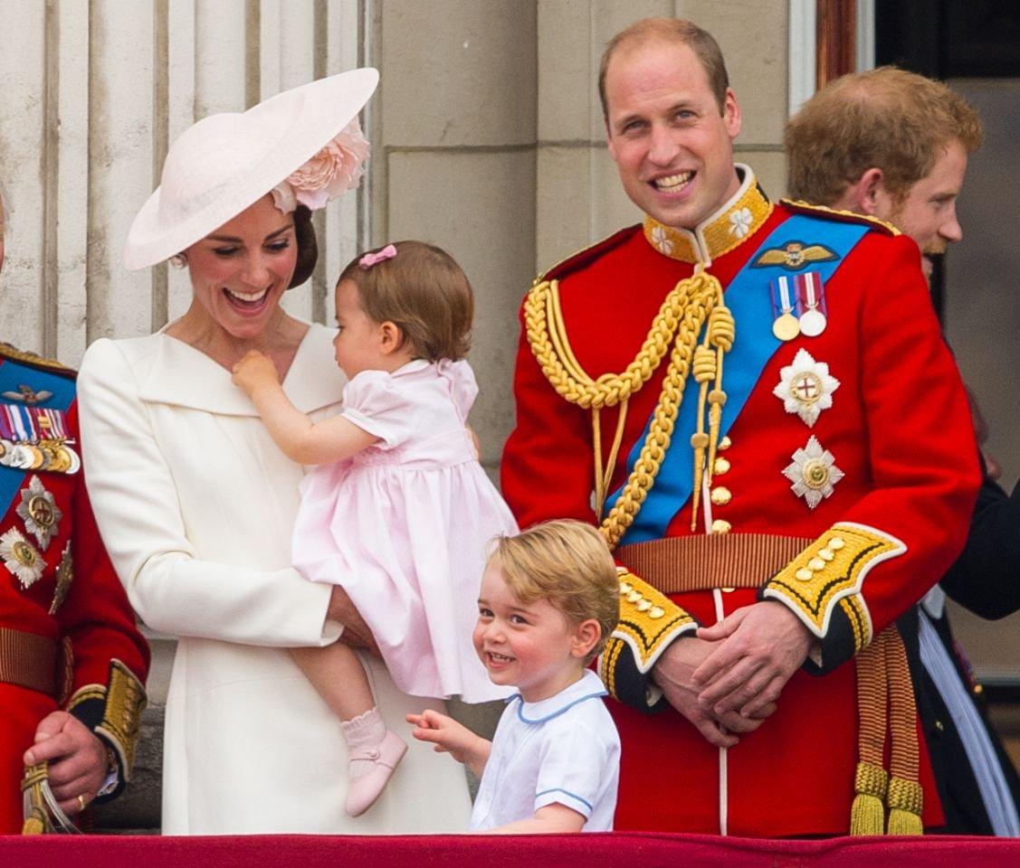 Кейт Мидлтон гурав дах хүүхдээ хүлээж байна