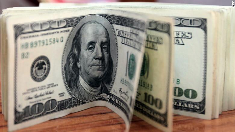 Доллар 2056 төгрөгтэй тэнцлээ