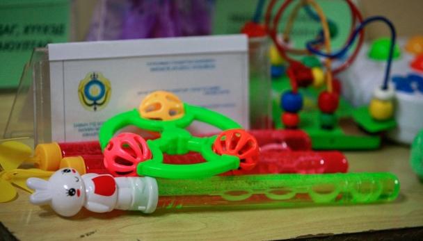 Хямд үнэтэй, элдэв үнэртэй тоглоом хүүхдийн сэтгэхүйд нөлөөлдөг