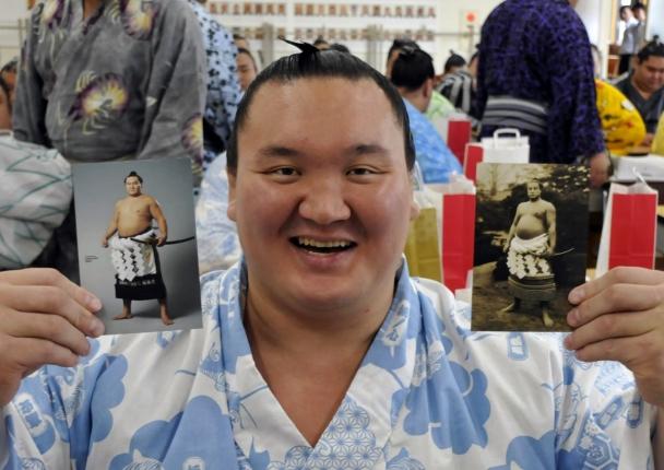Аки башё: Хакүхо аварга тэнцвэрийн гайхамшиг үзүүлэв
