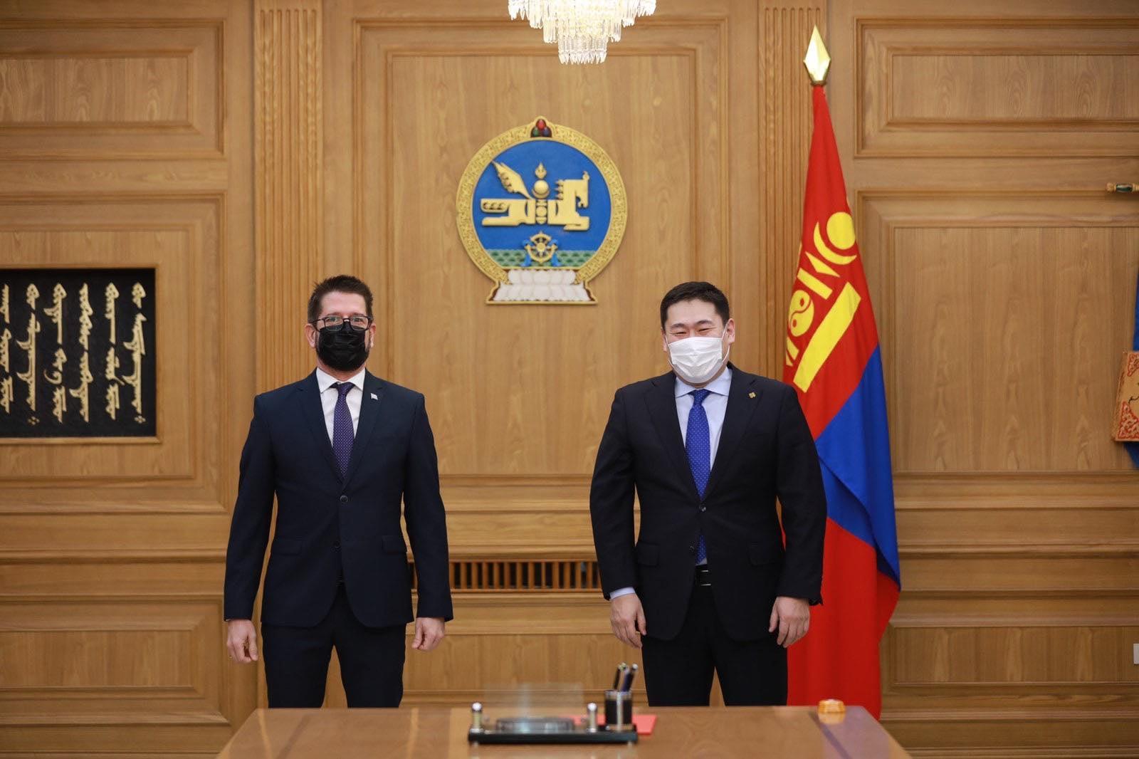 Монгол Улсын Ерөнхий сайд Л.Оюун-Эрдэнэ Куба Улсын Элчин сайд Раул Делгадо Консепсионыг хүлээн авч уулзав