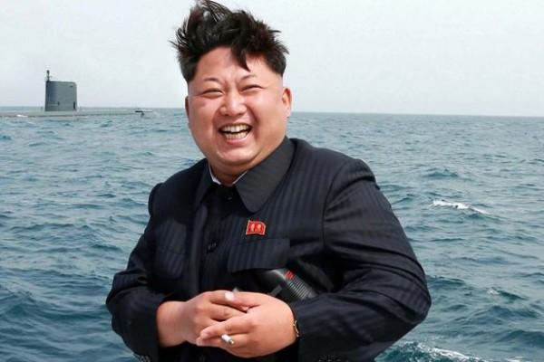 Ким Чен Ун зөвхөн тамхиндаа 30 сая фунт зарцуулсан гэнэ