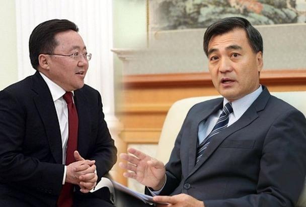 """Хятадын Элчин сайд Ерөнхийлөгч асан Ц.Элбэгдоржид """"Хоёр нүүртэн"""" гэж сануулга өглөө"""